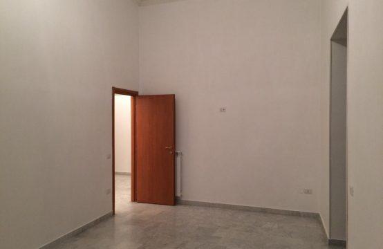 Afragola centro (Piazza Municipio) fittasi ampio appartamento ristrutturato Via Santa Maria, Afragola – (NA)
