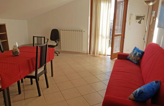Appartamento tutto nuovo e arredato a 45 min Stazione Tiburtina, Via 1 maggio, Stimigliano Scalo – (RI)