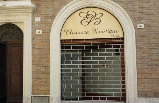 Locale commerciale mq. 31 Senigallia centro Via Marchetti, Senigallia – (AN)