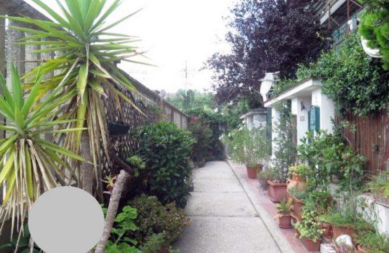 Ampio bilocale in parco a Via Jannelli Via Gabriele Jannelli , Napoli – (NA)