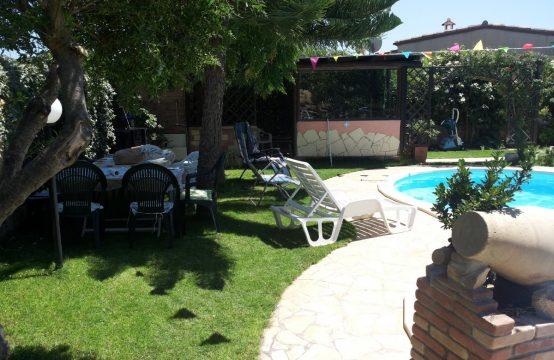 Villa con piscina Via dei Melograni, Villasimius – (CA)
