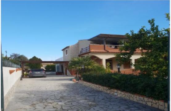 Casa vacanza a pochi passi dal mare Avola Sabbiadoro Via Chiusa di Carlo, Gallina – (SR)
