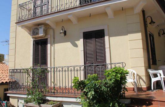 Casa in villa vicina Ospedale Papardo Istituto Ortopedico di Ganzirri Mare Via Piano Chiesa, Messina – (ME)