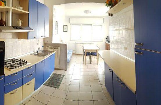Affitto ideale per vacanze attico panoramico in Borghetto Santo Spirito, Piazza Sant'Antonio, Borghetto Santo Spirito – (SV)
