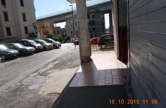 Locale commerciale a Napoli Via Carlo de Marco, Napoli – (NA)