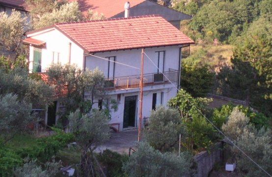 Alcara li Fusi (Messina) Casa singola con terreno annesso contrada masara, Alcara Li Fusi – (ME)