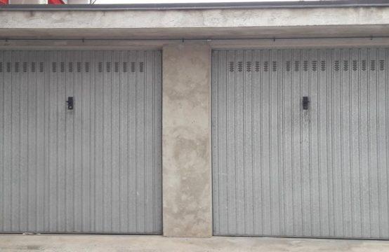 Ampio box auto doppio Via Moncenisio, Condove – (TO)