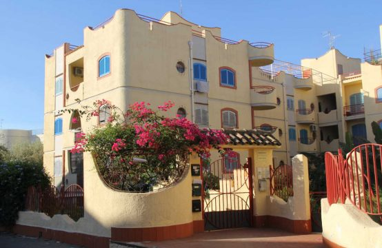 Casa per uso transitorio a Giardini Naxos – mare Via Teocle, Giardini Naxos – (ME)