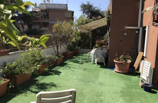 Splendido attico Via Suor Celestina Donati , Roma – (RM)