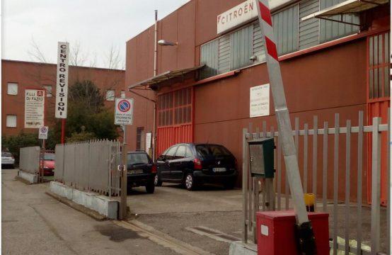 Affittasi capannone 220 mq a Ospiate di Bollate Via Stelvio, Bollate – (MI)