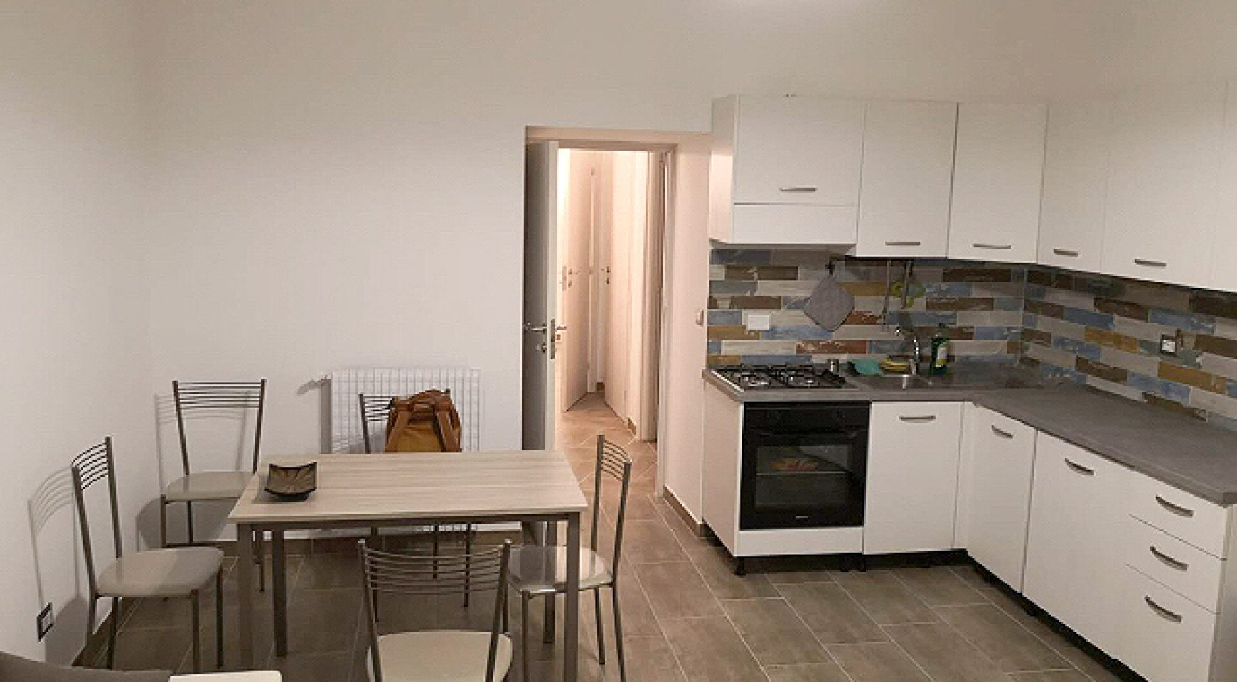 Camera doppia Via Appia Nuova, Roma - (RM) - NoAgenzie