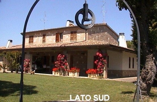 Tavullia-Vendesi appartamento in villa bifamiliare Strada San Germano, Tavullia – (PU)