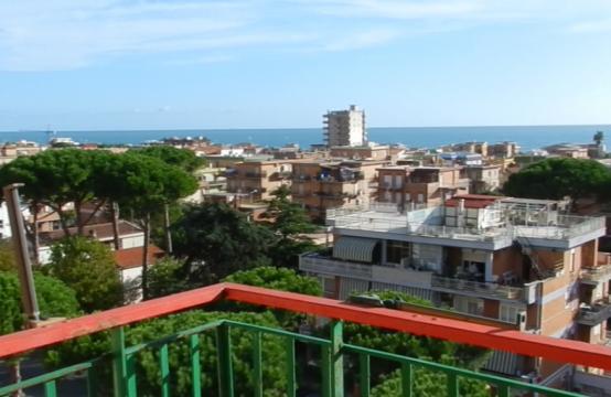 Panoramicissimo sul mare Claudia, Ladispoli – (RM)