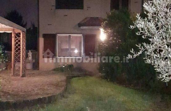 Villa unifamiliare via Alfonso Alfani, Paderno Dugnano