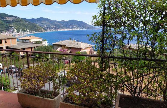 Trilocale con Terrazzo Vista Mare € 370.000 trattabili